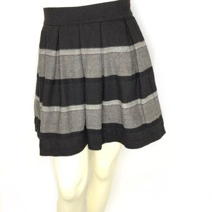 BCBGeneration Brown Pleated Wool Blend Skirt Sz 0
